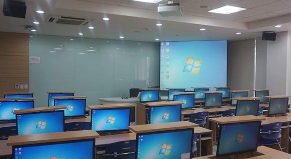 201호 컴퓨터 강의실